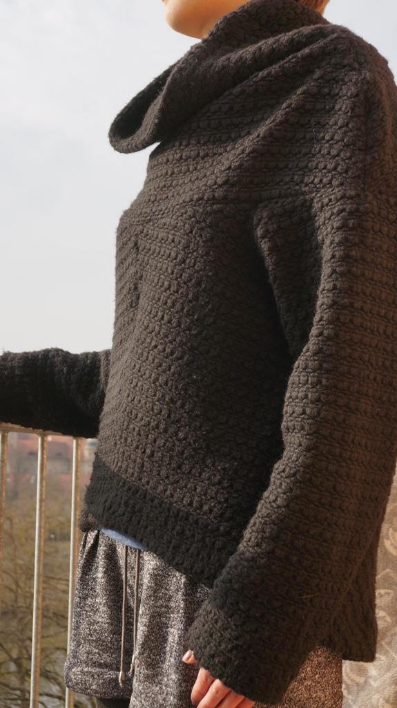 Wollpullover front draußen